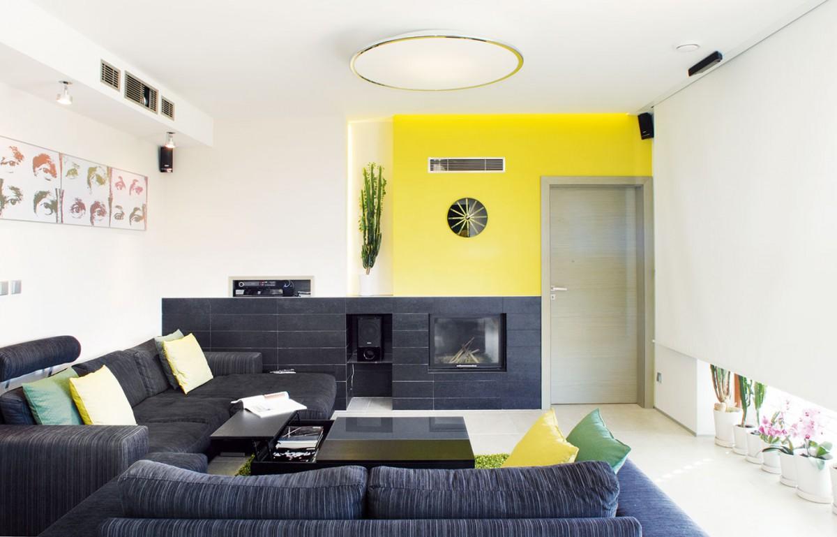 Celý interiér je zařízen střídmě aelegantně, avšak zároveň prakticky. FOTO ROBERT ŽÁKOVIČ
