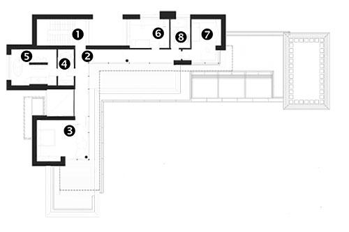 1. poschodí (first floor) 1 schodiště 2 chodba 3 pokoj 4 šatník 5 koupelna 6 pokoj 7 pokoj 8 koupelna