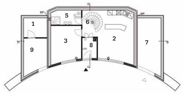 Půdorys přízemí 1 zádveří 2 obývací pokoj 3 kuchyň 4 pokoj 5 koupelna 6 schodiště 7 sklad 8 technická místnost 9 garáž