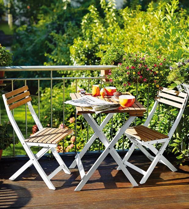 Balkonový set Morning Star, 59 x 59 x 75 cm, resp. 38 x 52 x 82 cm, Butlers, akát, 2990 Kč