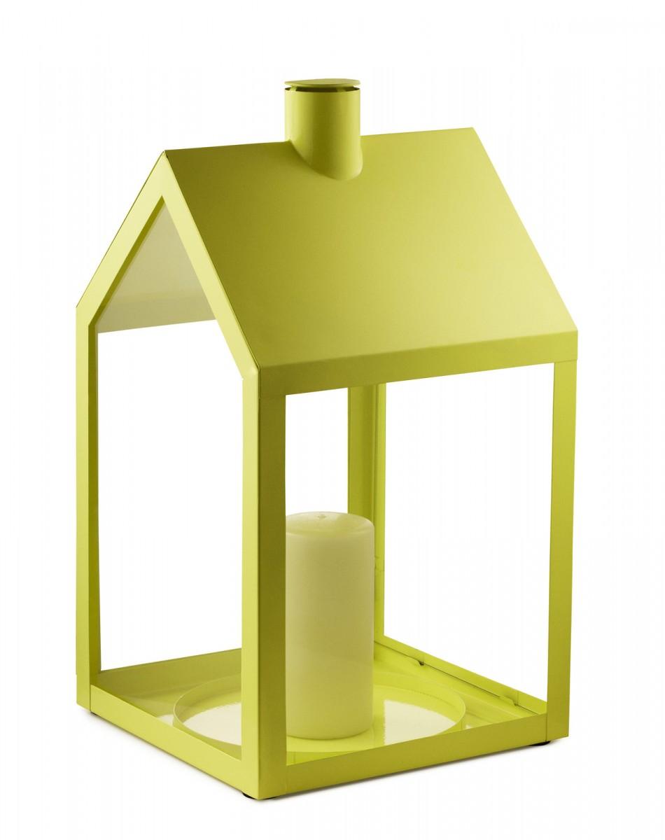 Svícen Light House od značky Normann Copenhagen, design Holmback & Nordentoft, lakovaná ocel, sklo, 24 × 47 × 24,5 cm, víc barev, www.designpropaganda.com, 2 505 Kč