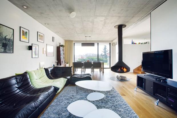 Architekt pro svůj dům naplno využil místo, které se mu nabídlo