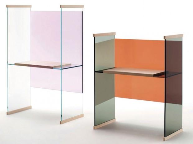 Diapozitivy. Podobná inspirace, které se chopili bratři Bouroullecovi, když pro Glas Italia navrhovali kolekci stolů Diapositive, měnící barvy při různých úhlech pohledu. Představeny byly loni, své místo však obhájily i letos. (foto: Glas Italia)