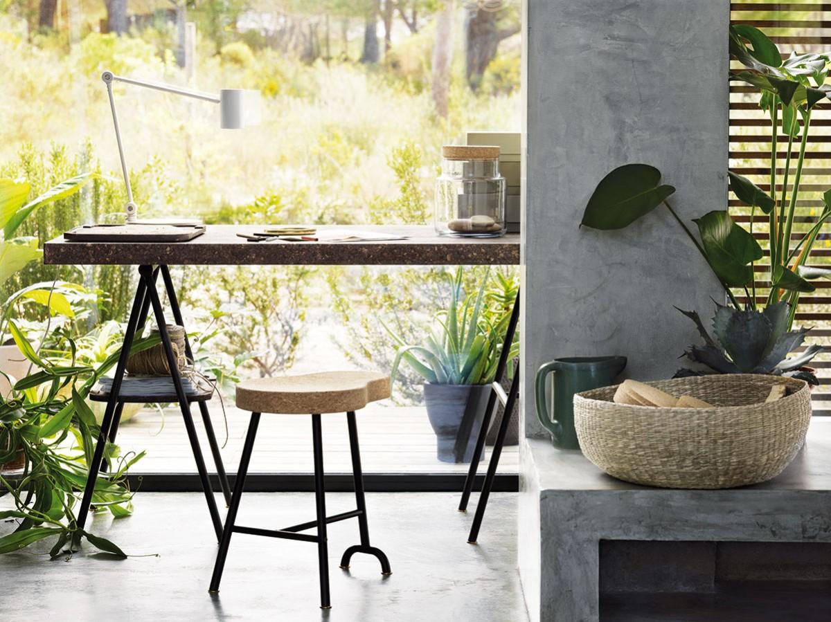 Kolekce nábytku adoplňků Sinnerlig, které těží zpraktických vlastností ikrásy korku, bude kdostání od srpna vobchodních domech IKEA. Není primárně určena pro děti, ale díky jednoduchým tvarům anadčasovému designu se hodí prakticky kamkoli. FOTO IKEA