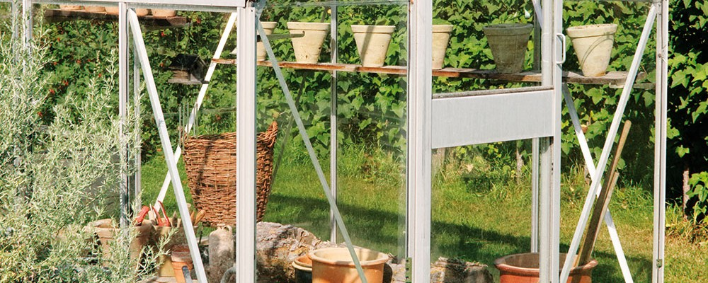 Jak uchovat příznivé tepelné podmínky ve skleníku