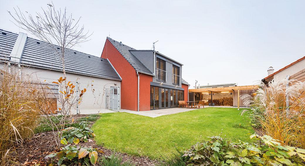 Architekti navrhli nejen interiér, ale ikompletní exteriér domu.