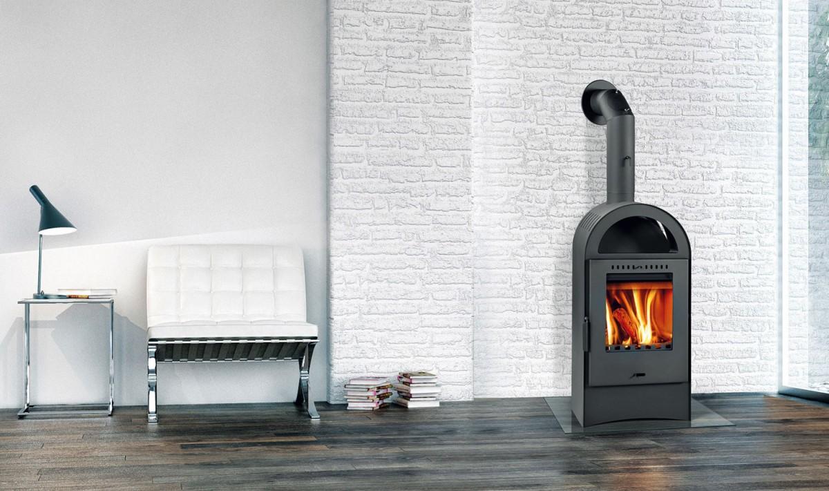 Krbová kamna Basel II z ocelového žáruodolného plechu mají spalovací komoru sestavenou ze šamotových desek, které zaručují dlouhou životnost.