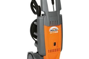 Elektrická tlaková myčka Oleo-Mac PW 121, příkon 1 700 W, pracovní tlak až 120 bar, prodává Mountfield, 3 990 Kč