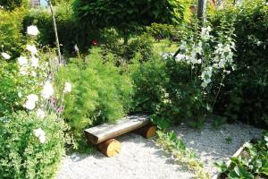 Majitelka odkoupila před nějakým časem další část pozemku asvé dílo tak doplnila ozeleninovou zahradu.