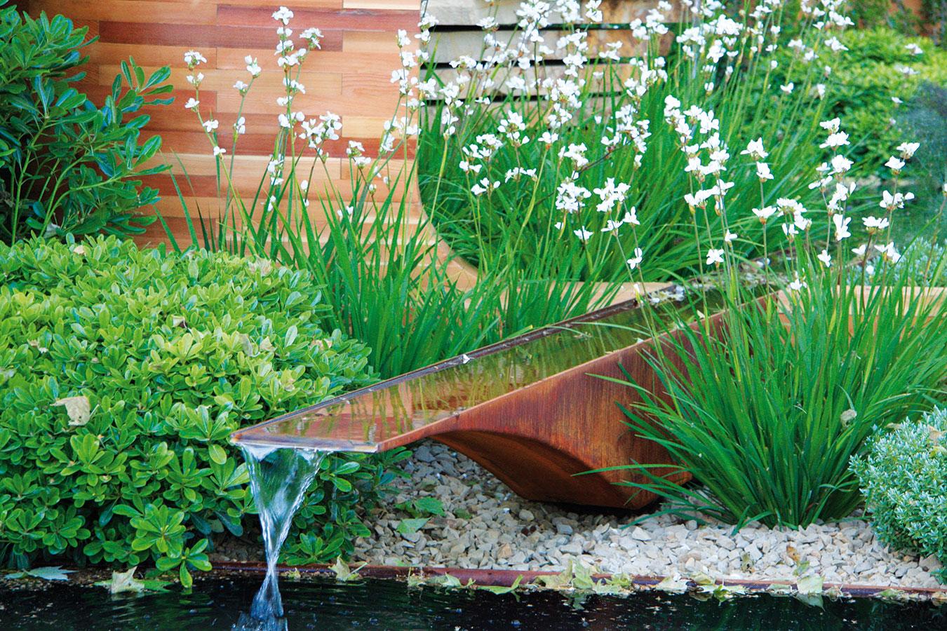 7 detailů, které oživí zahradu