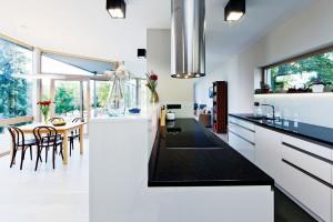 … kuchyni se věnovala spousta pozornosti již vnávrhu. FOTO JIŘÍ VANĚK