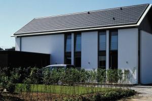 Hladká taška pro moderní střechu