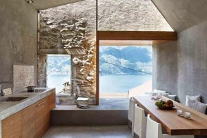 Historický kamenný objekt důmyslně předělali na moderní dům