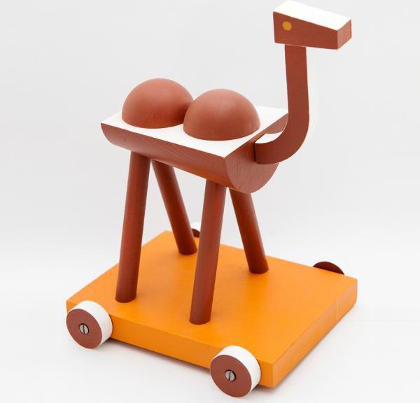 Ručně vyráběná a malovaná hračka Velbloud, Ladislav Sutnar (1920), prodává Modernista, 990 Kč