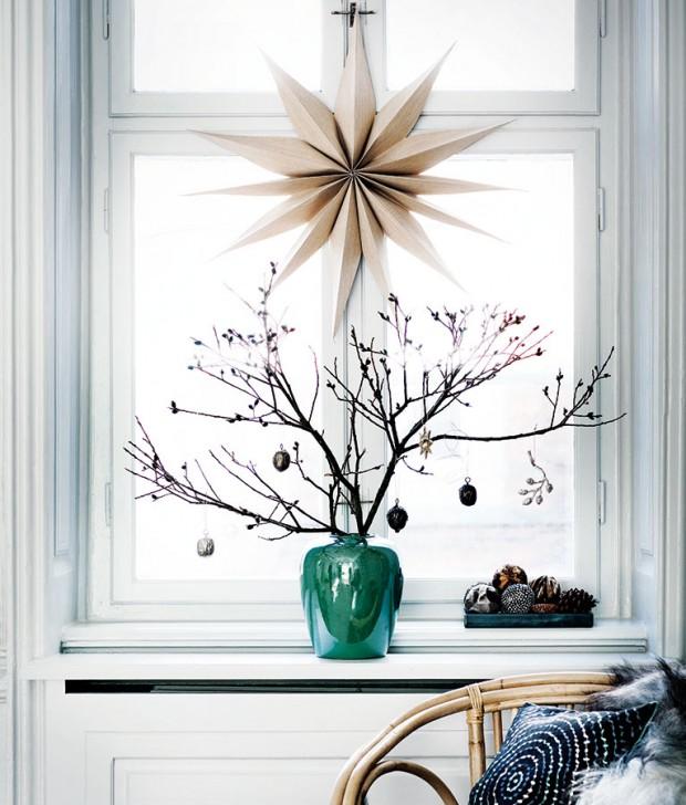 Vyzdobené vázy sproutím doplní nebo nahradí vánoční stromek. Navíc umístit je do oken znamená nabídnout atmosféru ido ulice či do dvora. FOTO BROSTE COPENHAGEN