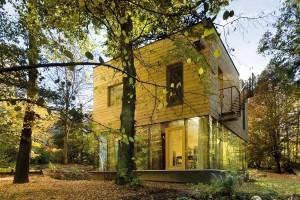 Výrazným trendem je naplno využít potenciál dřeva – jak konstrukční, tak iestetický, vexteriéru ivinteriéru.