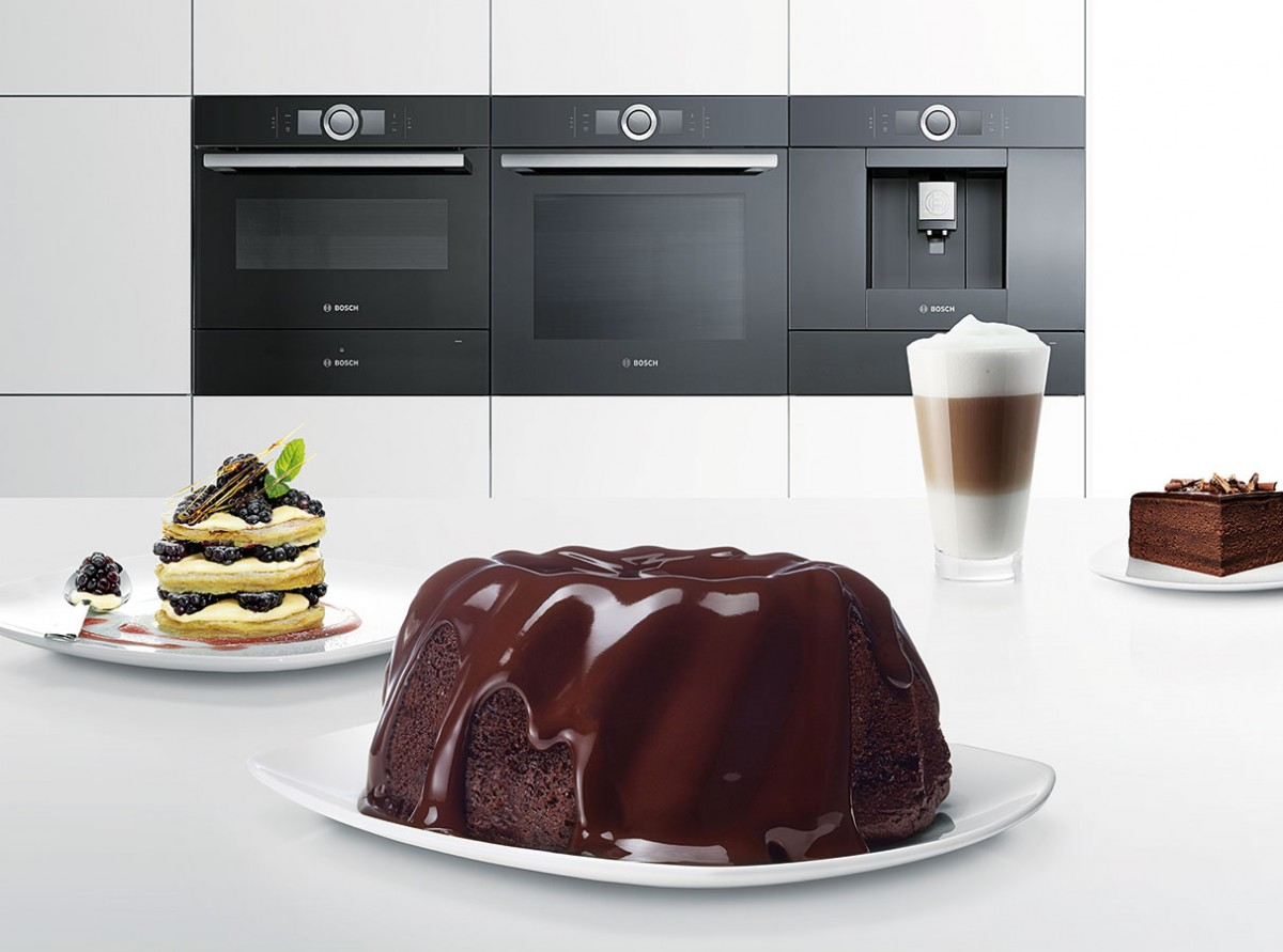 Nová řada Bosch Serie 8 kombinuje nejmodernější technologii spůsobivým designem auživatelskou přívětivostí.