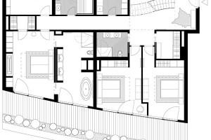 Spodní podlaží je vyčleněno soukromé, noční zóně. Kromě ložnic je tu isauna amalé fitness. Ložnice lemuje lodžie spodobnou zahradní úpravou, jakou má horní terasa.