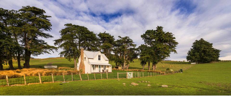 Původní pastevecký dům předělali na útulnou chatu