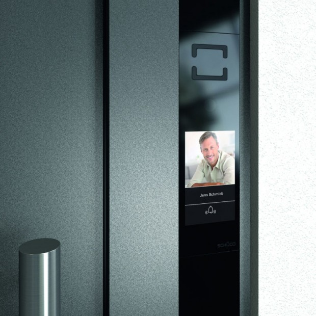 Schuco-DCS-Touch-Display---vyzvaneni,-profil-rezidenta_detail