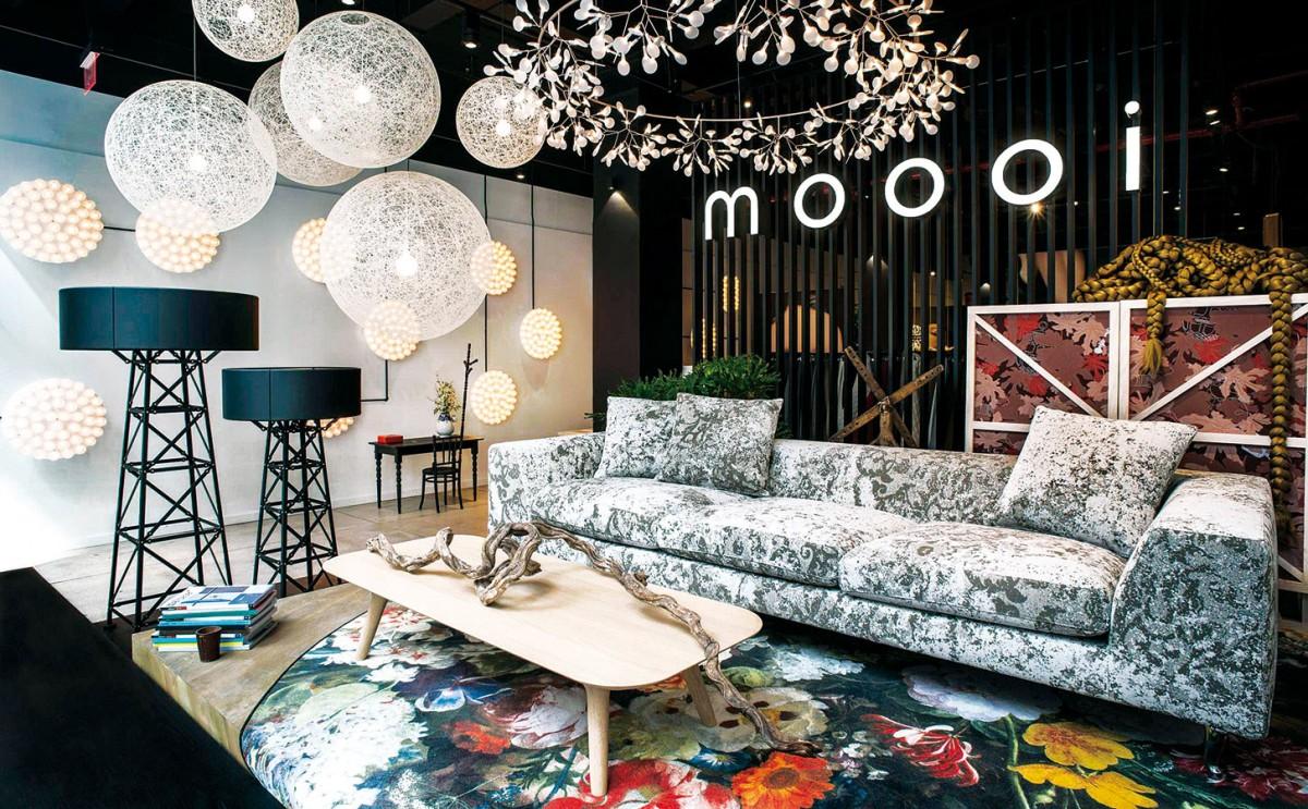 Rajská královna. Koberec Eden Queen navrhl Marcel Wanders – při příležitosti uvedení značky Moooi Carpets na trh. Fotorealistické vzory jsou pro letošní kolekci příznačné, vinteriéru působí umělecky. FOTO MOOOI CARPETS