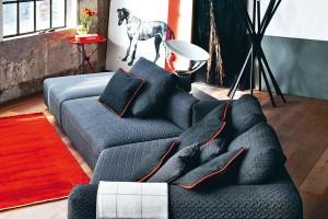 Zvlněné textilie jsou díky třetímu rozměru měkčí apohodlnější. Moderní zpracování zajišťuje jejich odolnost, takže se hodí ina pevné, nesnímatelné čalounění. FOTO ZANOTTA