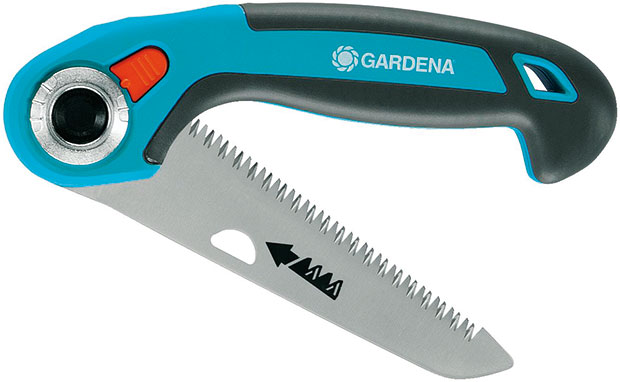 Gardena 135P, skládací zahradní pilka, pilový list stvrdým pochromováním, impulsně kalenými zuby atrojnásobným přesným výbrusem, délka 135 mm, ergonomická, mírně skloněná rukojeť, 690 Kč