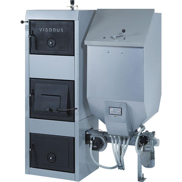 Kombinovaný litinový kotel na pevná paliva Hercules DUO uzpůsobený pro automatický iruční režim, při ručním režimu je vhorní polovině kotle možné spalování koksu, černého uhlí akusového dřeva. Vautomatickém režimu lze vhořáku vpodstavci kotle spalovat černé uhlí, hnědé uhlí nebo dřevní pelety předepsané velikosti. FOTO VIADRUS