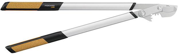 Fiskars Quantum L108, dvoučepelové nůžky na silné větve, háková hlava Quantum L108, čepele zkalené oceli, převodový mechanismus PowerGear, návleky TruGrip skorkem, 1369 Kč