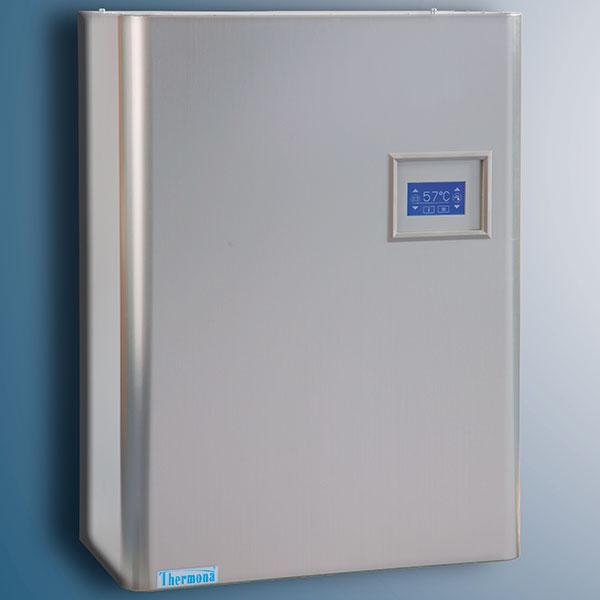 Elektrokotel THERM EL je vhodný pro vytápění vbytech, malých rodinných domcích, rekreačních objektech ijako doplňkový zdroj kjiným způsobům topení (tepelné čerpadlo, solárně termické kolektory). Výhodou elektrokotle jsou velmi nízké pořizovací náklady – odpadá nutnost budování přípojky plynu či komína. FOTO THERMONA