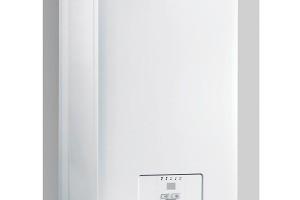 Závěsný elektrokotel Ray ve výkonech od 1 do 28 kW pro vytápění smožností propojení sexterním zásobníkem teplé vody. Plynulá modulace výkonu, jednoduchá obsluha aautodiagnostika, výkonový stykač pro ovládáním kotle signálem HDO, oběhové čerpadlo, bezpečnostní prvky, ochrana proti zamrznutí, vestavěná ekvitermní regulace (při zapojení venkovního čidla). FOTO PROTHERM