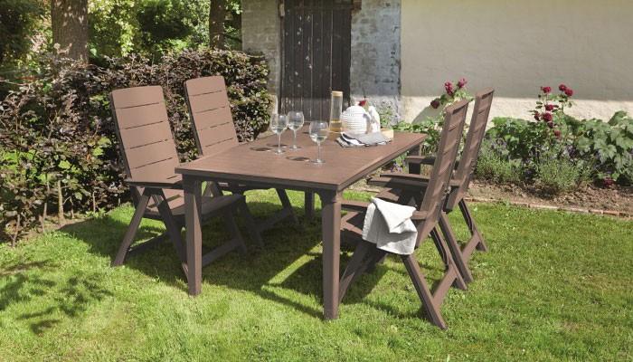 Jaké materiály se používají k výrobě zahradního nábytku?
