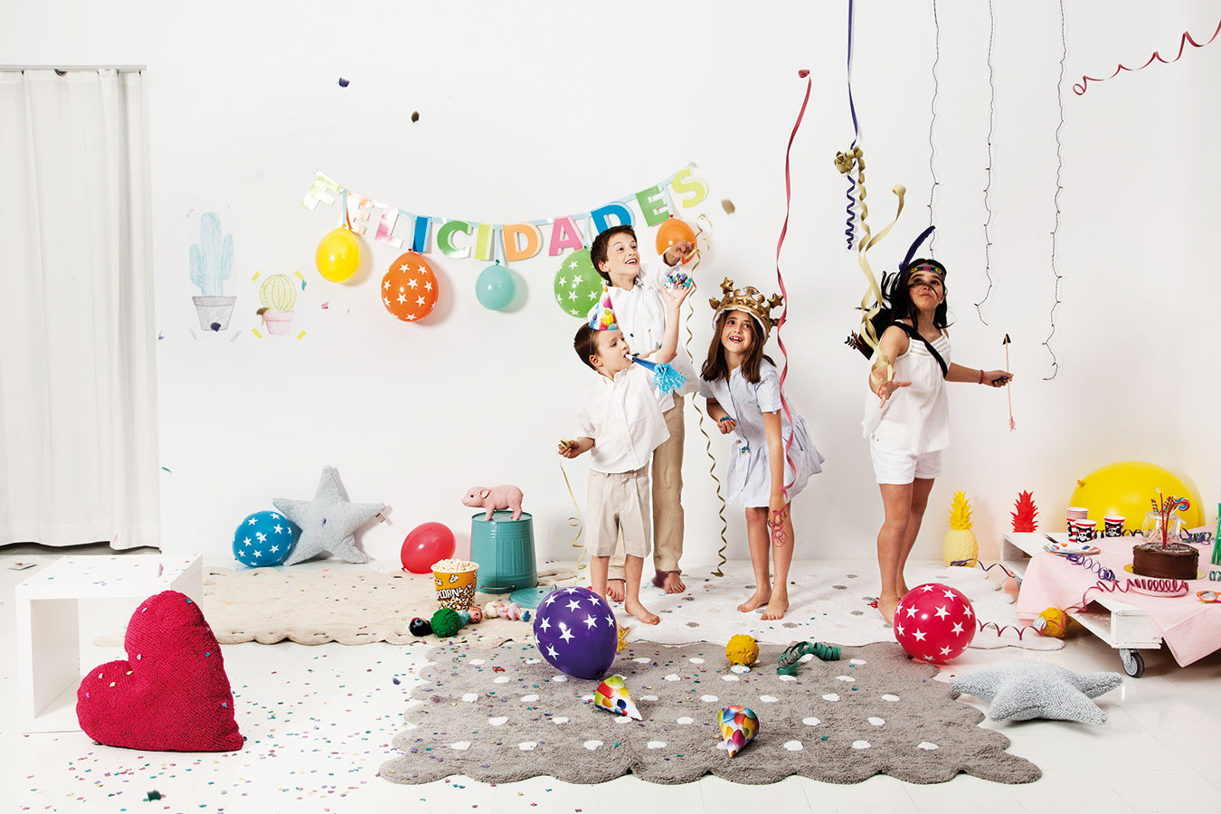Praktické dětské koberečky španělské značky Lorena Canals, které lze prát vpračce, ocení nejen rodiče dětí salergií. Koberečky vcenách od 5 400 Kč prodává studio Viabel. FOTO LORENA CANALS