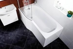 Sérií Jika Tigo vybavíte i tu nejmenší panelákovou koupelnu. Ergonomicky tvarovanou vanu můžete doplnit o speciální vanovou zástěnu z bezpečnostního skla pro pohodlné sprchování ve stoje. FOTO JIKA