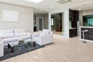 """Laminátové podlahy 1FLOOR s autentickým povrchem """"synchrostructure"""" u vybraných dekorů"""