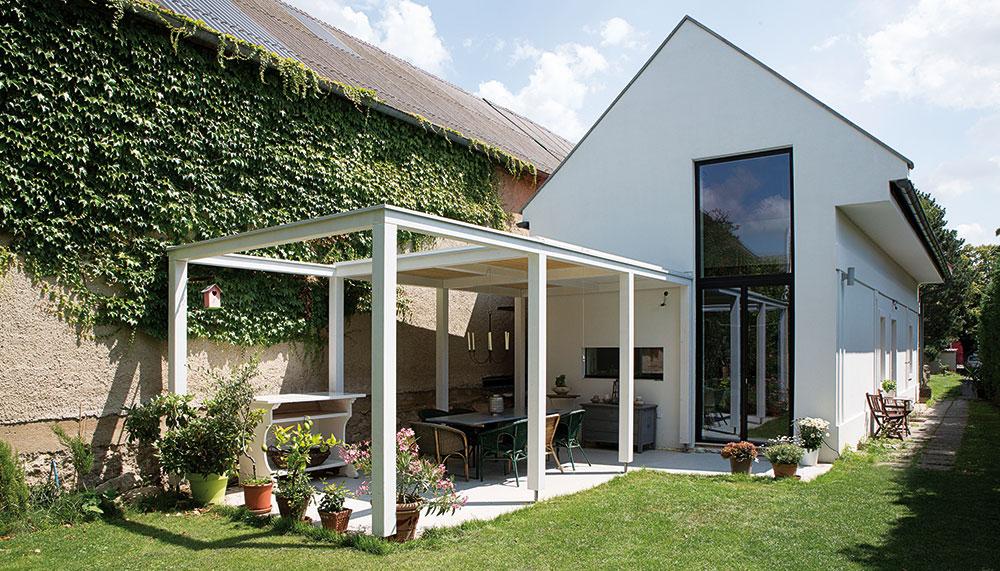 Romantický rodinný dům v panonském venkovském stylu