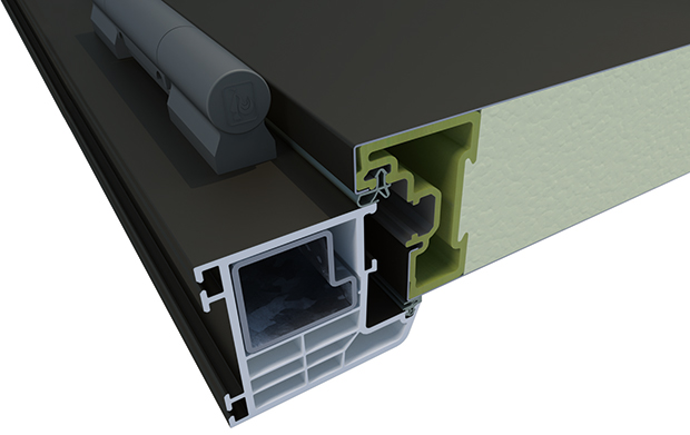 Nové domovní dveře Rovex firmy Inoutic sázejí na inovativní rám křídla svyztužením skleněnými vlákny pro maximální odolnost proti zkroucení aprůtahu. Rám avýplň panelu se nelepí, ale spojí se do jednoho celku ocelovými pláty, výplň panelu tvoří PU pěna. Tím je zaručena výborná tepelná izolace při současné vysoké tuhosti. Při tloušťce panelu 72 mm dosahují standardu pro pasivní domy, tj. Ud = 0,8 W/m2K. FOTO INOUTIC