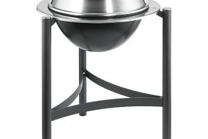 Tenneker TC-Deluxe, kotlový gril na dřevěné uhlí spoklicí, 6mm rošt aohniště znerezové oceli, průměr grilovací plochy 54 cm, prodává Hornbach, 8290 Kč