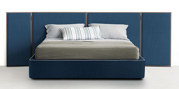 Pietro Lissoni navrhl pro LEMA hned několik kousků aktuální kolekce. Vybíráme ten masivnější – postel snázvem Jobu. FOTO LEMA