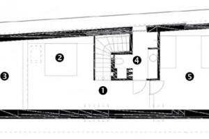 Půdorys podkroví 1 chodba 2 ložnice rodičů – galerie 3 otevřený prostor 4 koupelna 5 dětský pokoj
