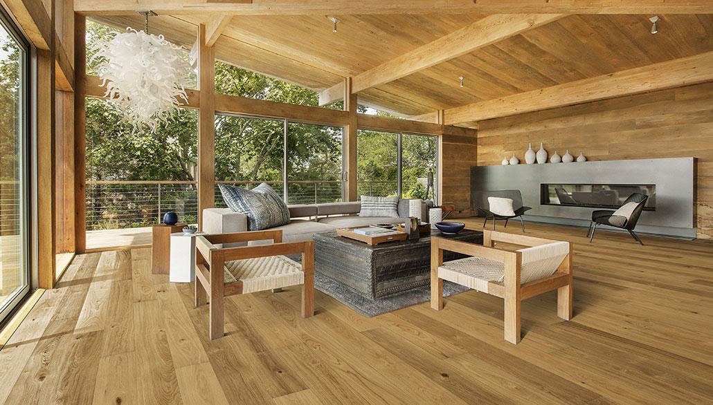 Trendy u dřevěných podlah – stávají se dominantou interiérů, používají se i k obkladu stěn a stropů