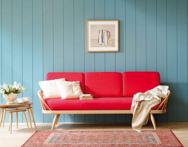 Tradiční trojice stolků Pebble značky Ercol je praktická pro svou skladnost a variabilitu. Objednat si ji můžete na www.finnishdesignshop.com.