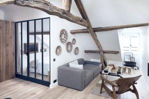 Moderní byt s působivým rustikálním šarmem
