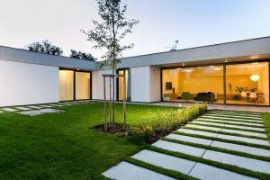 Jednopodlažní rodinný dům z Olomouce poskytuje dostatek soukromí i otevřený prostor