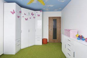 """Nový pokoj doslova """"prokoukl"""". Myslelo se ina dostatek úložných prostor. FOTO RIGIPS"""