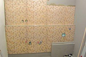 Rekonstrukce koupelny: Obklad před osazením vany