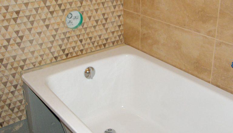Rekonstrukce koupelny: Osazení vany