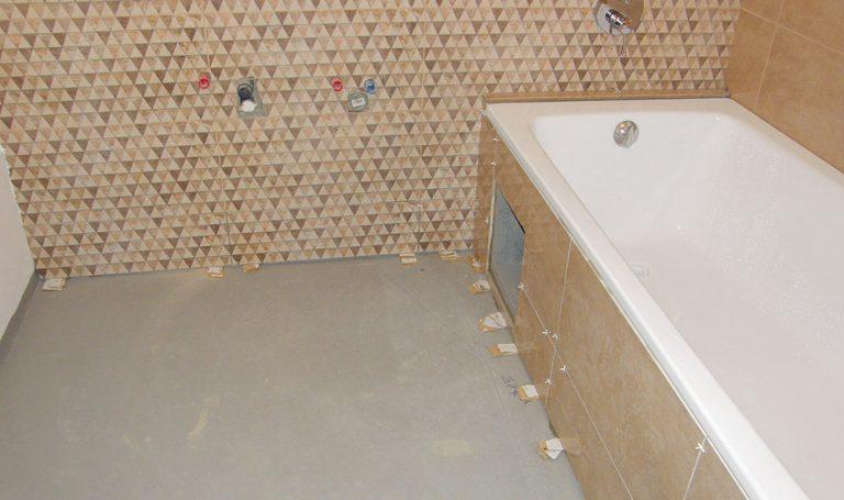Rekonstrukce koupelny: Obklad a dlažba v koupelně