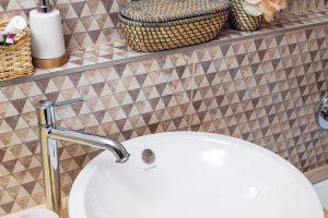 Rekonstrukce koupelny: Dodělávky v koupelně