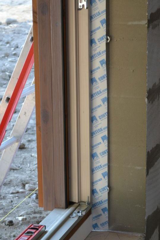 aplikace pásky pro-clima na okno